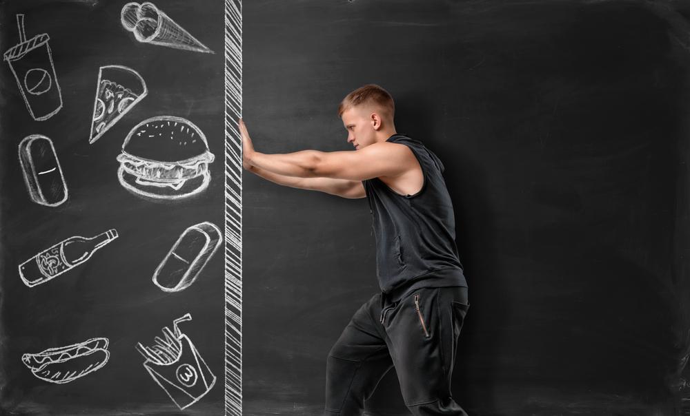 Ada beberapa makanan yang pantang dikonsumsi oleh seorang atlet. Foto: Shutterstock