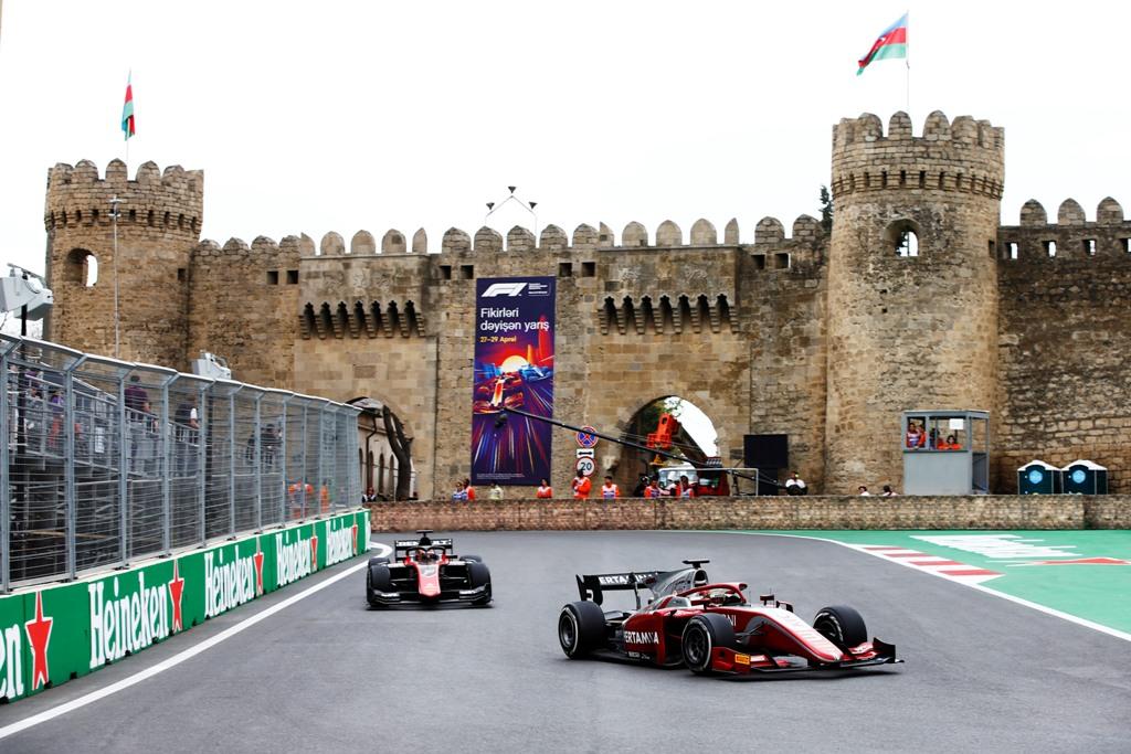 Sean Gelael saat beraksi di Sirkuit jalan raya Baku pada race 1 F2 GP Azerbaijan, Sabtu 28 April 2018.