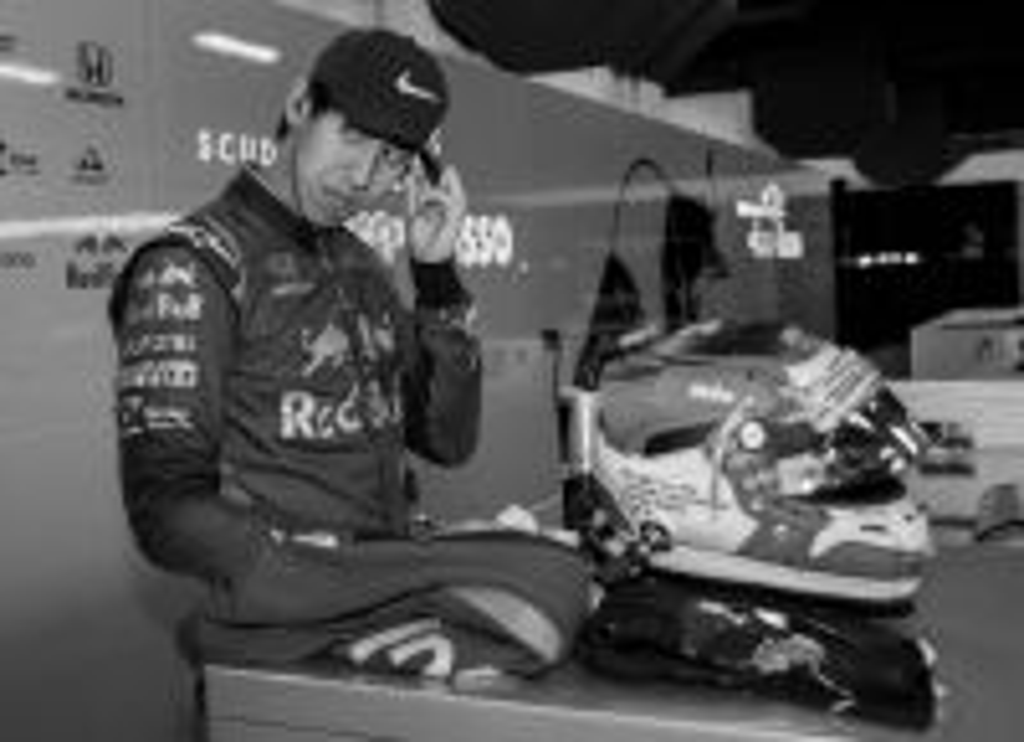 Sean Gelael saat menjalani tes resmi F1 bersama Toro Rossi di Sirkuit Barcelona.