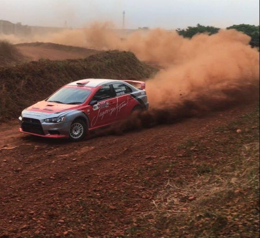 Aksi Sean Gelael saat tampil di Merdeka Sprint Rally 2018.