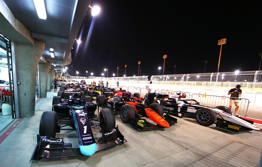 F2 SAKHIR I RACE 1