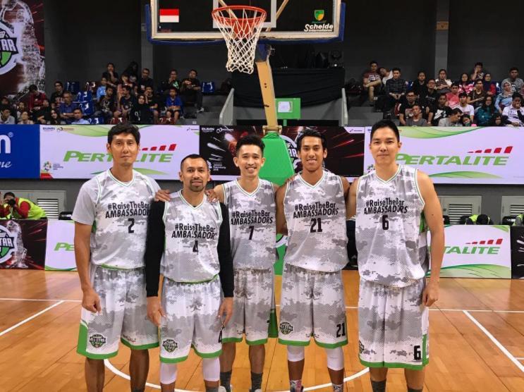 Sean Gelael - Legenda Basket Indonesia Vs Media