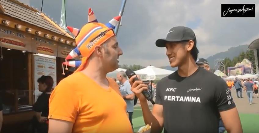 Sean dan Nyck Bertanya Kepada Fans Formula