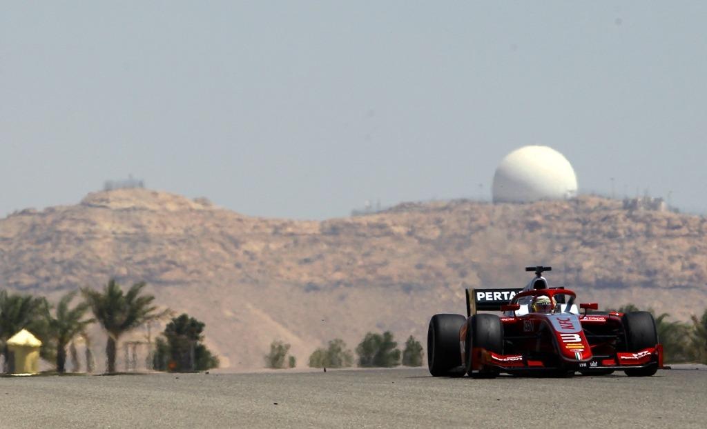 Sean in pre season test f2 at Bahrain International Circuit.