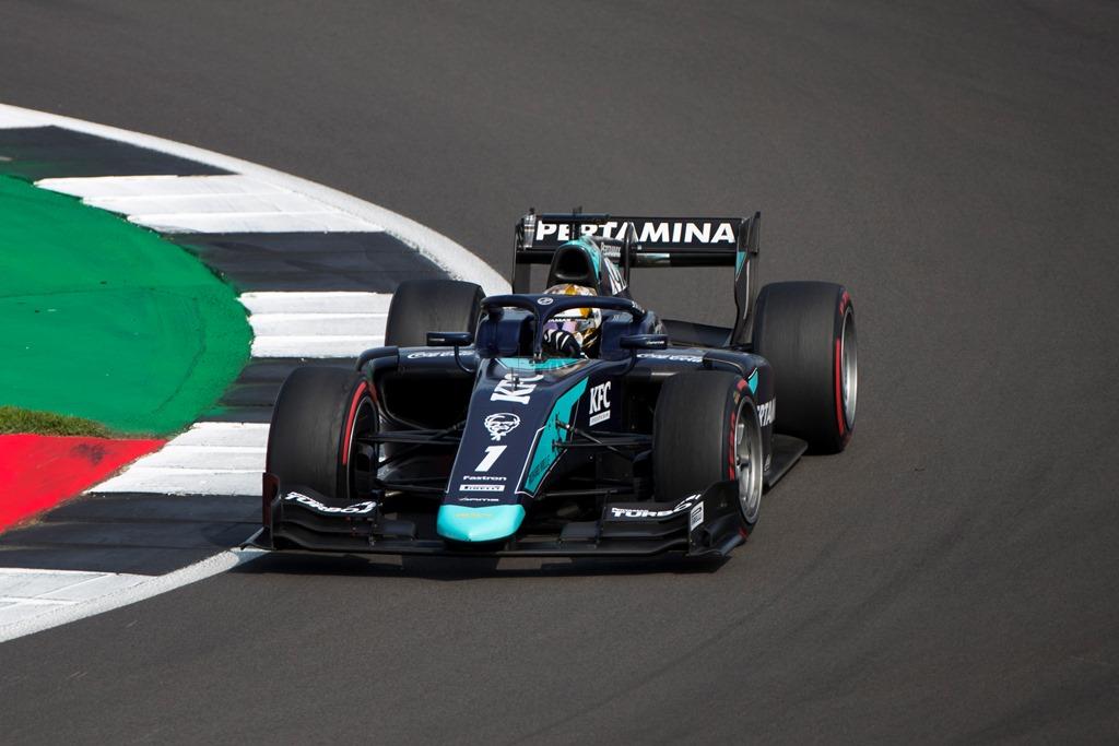 R05 I F2 BRITISH I RACE 1