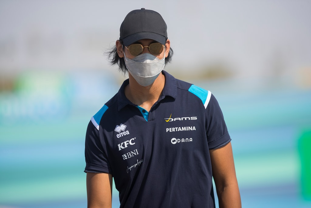 F2 BAHRAIN I PRE RACE