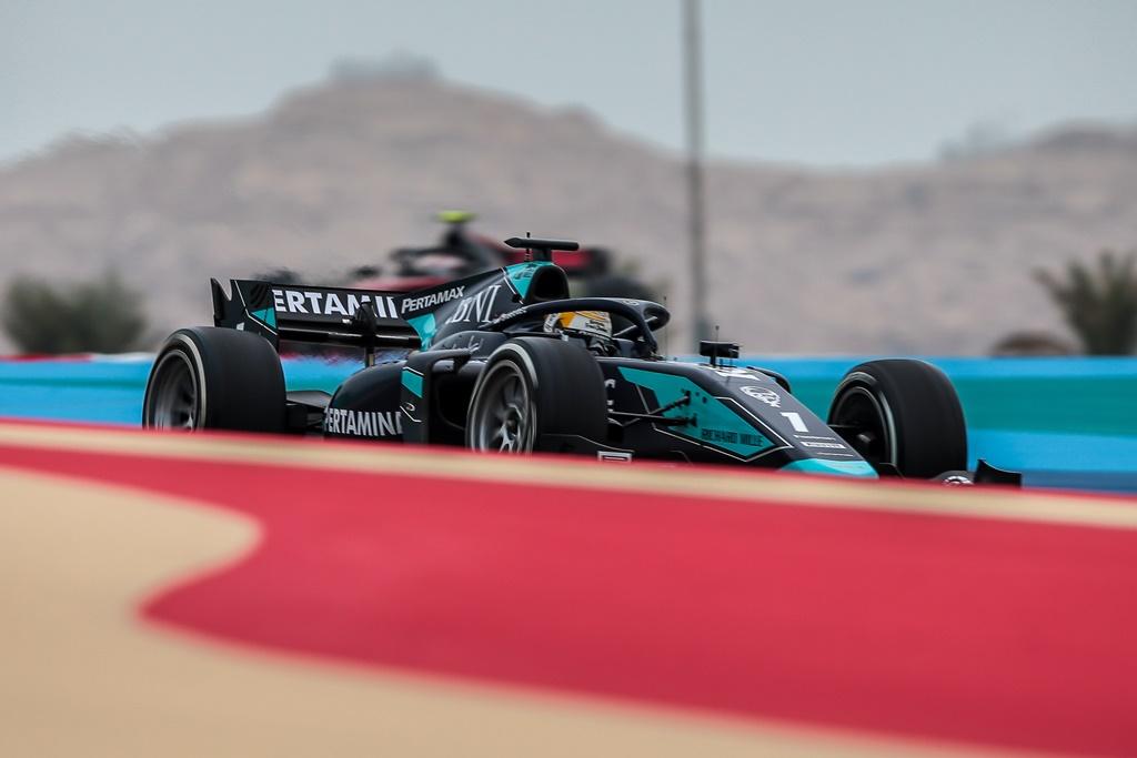 F2 BAHRAIN I RACE 2